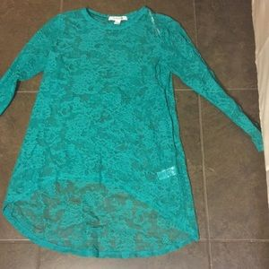 High low  Lace longsleeved shirt